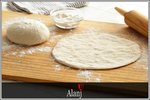 مواد لازم برای تهیه خمیر پیتزا
